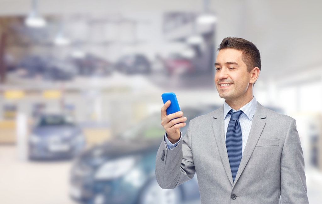 "Using an SMS Feature to Make Your Autoshop a ""Star"""